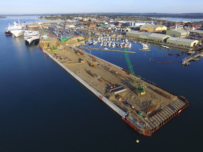 Poole Harbour South Quay - Quay approaching structural completion